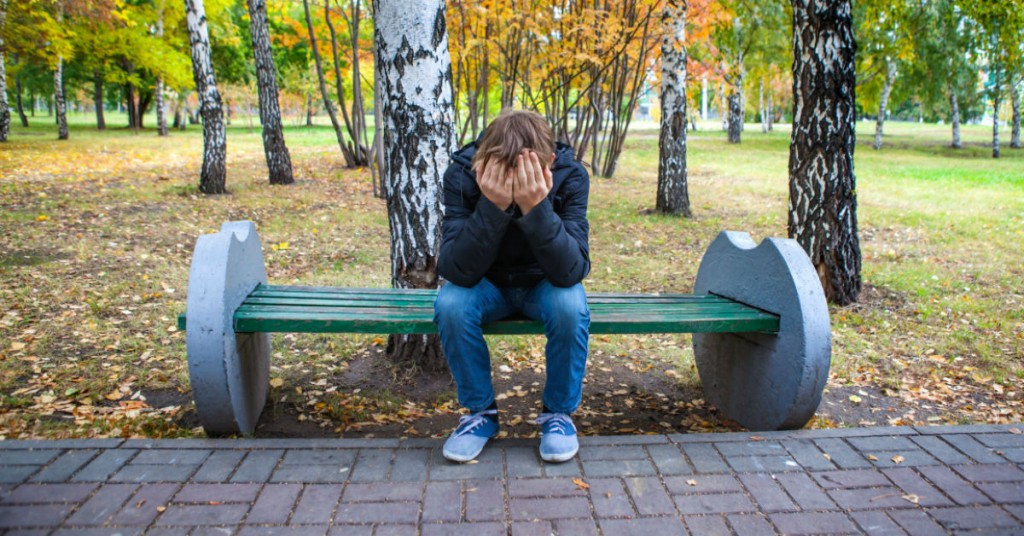 How To Help Your Troubled Teen Stay Positive In Rough Times